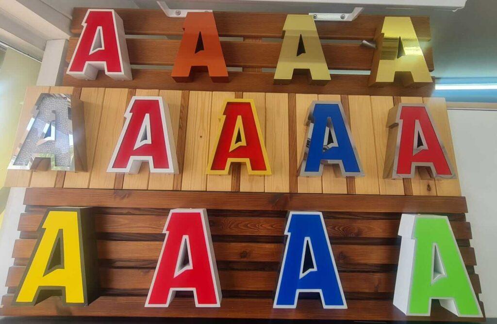 font style keyboard london